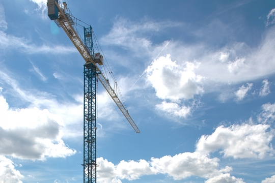 SEH Crane with sky in the background